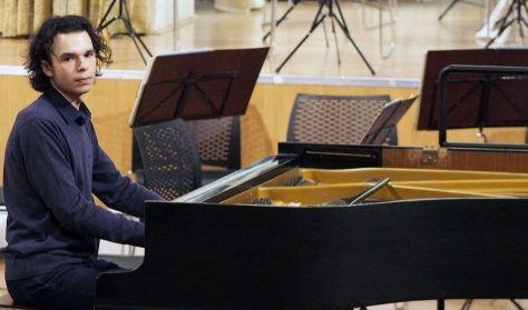 Liszt Múzeum - Matinékoncert: Váradi László (zongora)