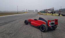 Formula Renault 2.0 autóvezetés KakucsRing 3 kör