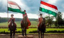 Lovasbemutató a Lázár lovasparkban pároknak magyaros ételekkel