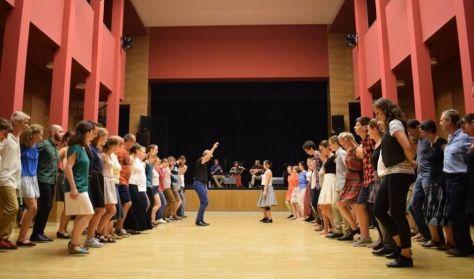 Tázló klub és moldvai csángó táncház