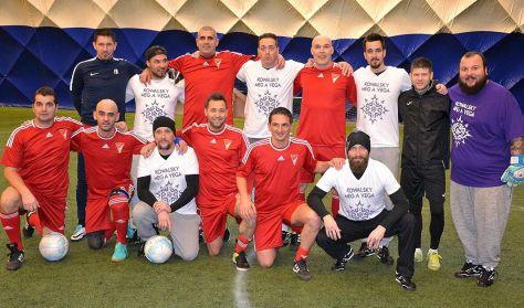 Jótékonysági focigála - Kowalsky meg a Vega és a DVSC öregfiúk
