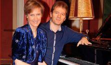 Egri Mónika és Pertis Attila zongoraest.  Romantika négy kézre