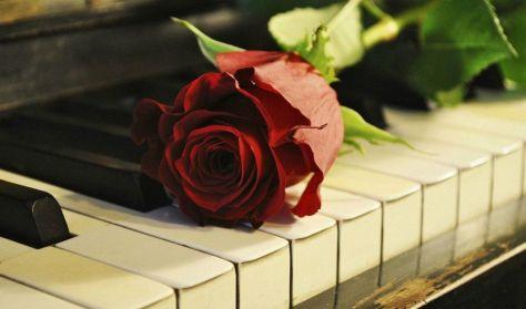 A romantika bűvöletében