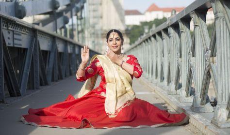 Indiai történetek - Saumya Shukla és barátai