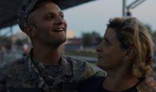 Dokumentumfilmklub - Kilenc hónap háború - rendező - Csuja László