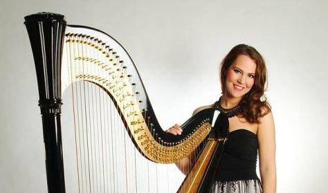 Bábel Klára hárfaművész koncertje