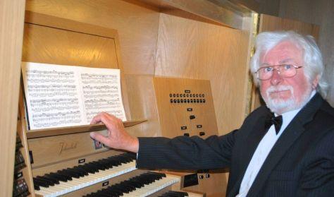 A reformáció orgonazenéje:Bach és Mendelssohn - Ella István orgonaművész