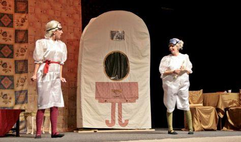 Szerdai szünidei színházak - Pódium színház: Hamupipőke