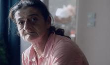KÖZELKÉP: Egy nő fogságban