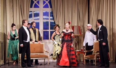 Csókos asszony - operett