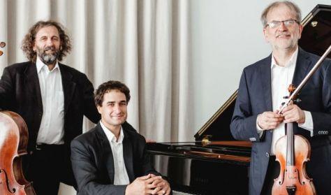 Nyolcszemközt Mendelssohnnal