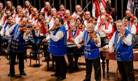 A 100 Tagú Cigányzenekar Sztár-zenekara  és barátai