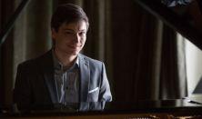 AZ ÚJ GENERÁCIÓ, PALOJTAY JÁNOS zongoraestje