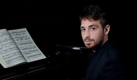 Liszt Múzeum - Matinékoncert: Simone Tavoni (zongora)