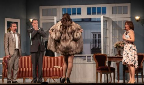 Felnőtt Színház - R. Cooney - J. Chapman: Ne most, drágám!
