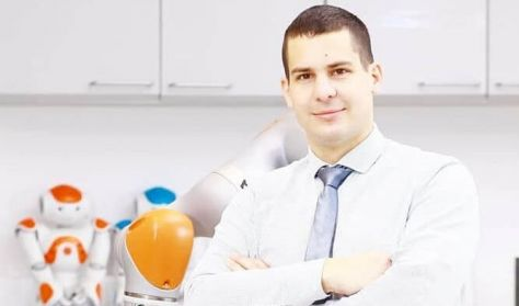 Dr. Haidegger Tamás előadása: IRÁNYTŰ A JÖVŐBE