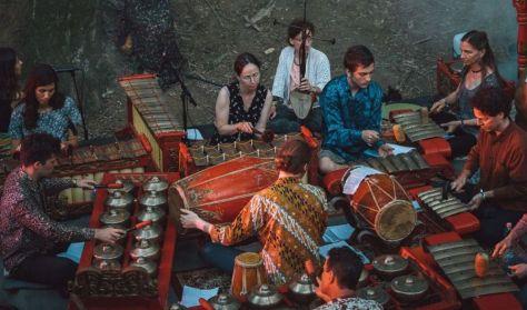 Surya Kencana A - Tradicionális közép-jávai gamelán zene