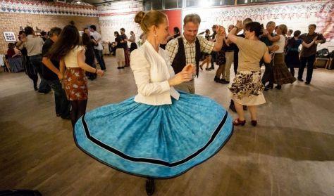 TÁNCTANÍTÁS: Vajdaszentiványi táncok