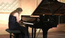 Chopini hangok ölelésében...