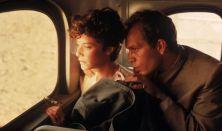 Bernardo Bertolucci:Oltalmazó ég (kultfilm)