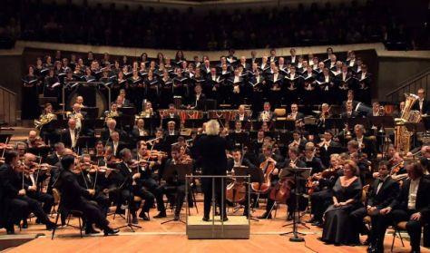 Berlini Filharmonikusok szilveszteri élő kivetítése
