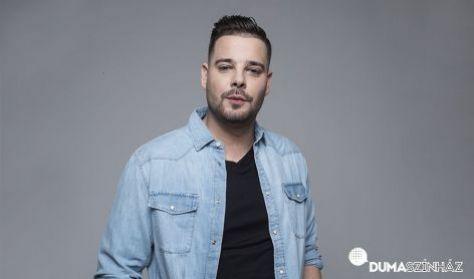 Kiss Ádám önálló estje, műsorvezető: Elek Péter