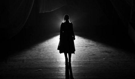 Urban Verbunk: A kis gyufaárus lány