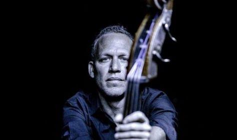 Avishai Cohen Trio: Gently Disturbed - közreműködik Mark Guiliana és Shai Maestro