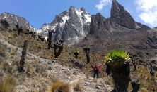 Az Egri Világjáró Klub: Trekking és Szafari Kenyában.Herpai Imre geográfus és természetfotó előadása