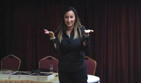 Heves Megyei Életreform Népfőiskola- Emeld Magad a fénybe! Viszlay Anita előadása
