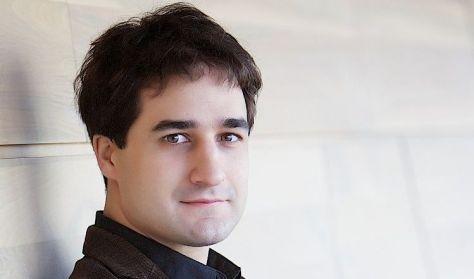 Fülei Balázs beszélgetős zongoraestje