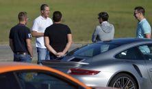 Laptiming Driving Academy versenyző- és vezetéstechnikai képzés saját vagy bérelt sportautóval
