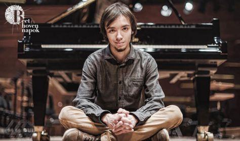 BEETHOVEN NAPOK: Zongoraszonáták 4: Balogh Ádám - f-moll/C-dúr ( Concerto )
