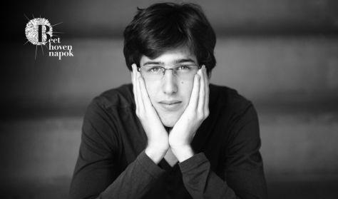BEETHOVEN NAPOK: Zongoraszonáták 5: Berecz Mihály - Esz-dúr/c-moll ( Concerto szervezésében )