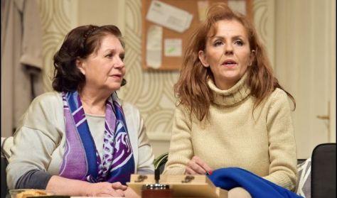 Szakonyi Károly : Két nő - Játékszín