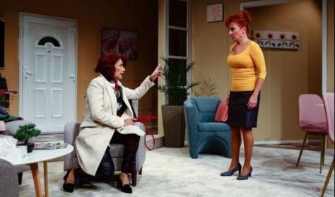 Szakonyi Károly: Két nő