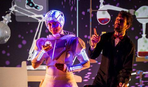 Ann-droid - Egy robotlány csodálatos kalandjai