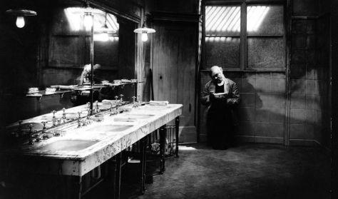 AZ UTOLSÓ EMBER - (1924) - F. W. Murnau   -   Fészek Filmklub - NÉMAFILM