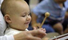 Koncerten a babám!-Gardrób Művészeti Csoport