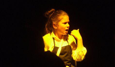 Só, Sárkány, Alma - a Club színház előadása