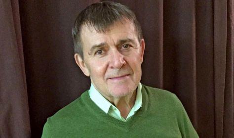 MEGLEPEM E KÁVÉHÁZI SZEGLETEN - Nagy Bandó András - előadóestje