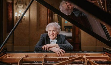 Hegedűs Endre hangversenye, Km. Hegedűs Katalin - zongora, Beethoven, Schumann
