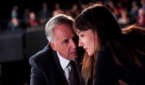 Alice politikaországban (Alice et le maire)