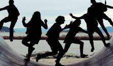 Ezek a mai fiatalok...avagy értjük vagy félreértjük a mai fiatalokat - Fóthy Zsuzsanna előadása