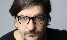 Az első bástya - Szubjektív tárlatvezetés Novák Péterrel