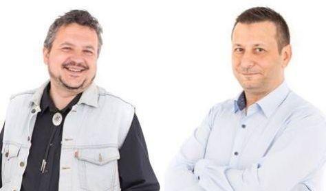 ",,Mondom Ferinek,Tibi""-Stand up est,Aradi Varga"
