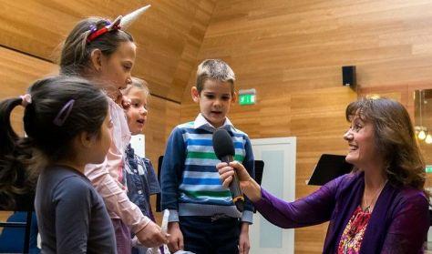 Zenés utazás a Kis herceg B-612-es bolygójára - Simon Izabella gyerekműsora 6-11éveseknek. kamara.hu