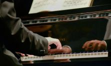 Pregun Tamás zongora DLA záró koncertje
