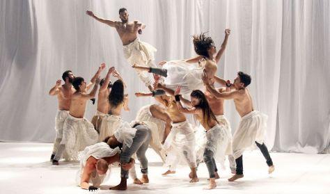 Hervé Koubi, Natasha Atlas: ODÜSSZEIA - fehér balett-