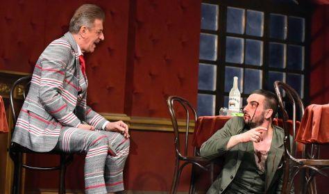 TESZTOSZTERON - vígjáték egy részben - a Csokonai Színház előadása